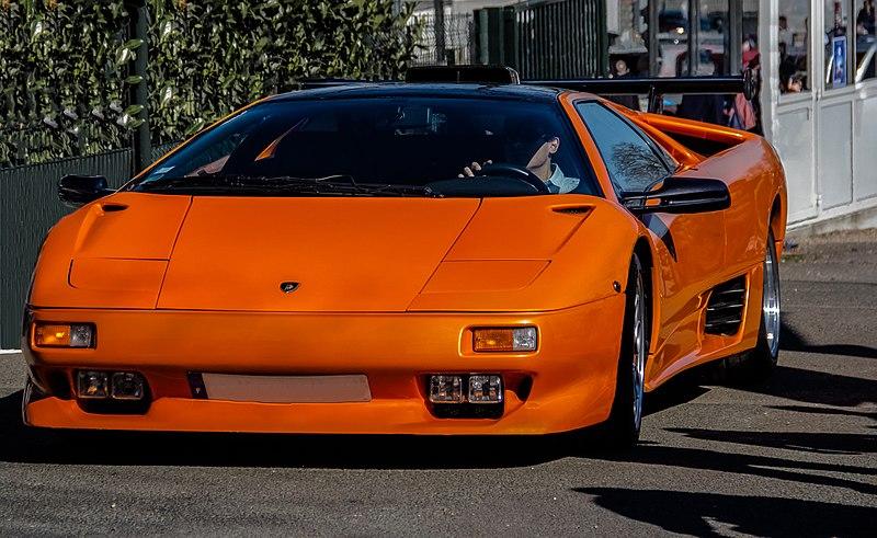 Lamborghini Diablo VT V12 5,7L-orange supercar