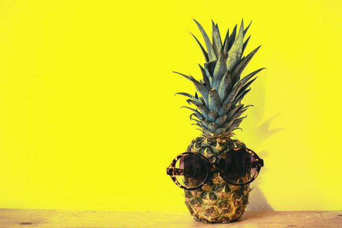 Pineapple in glasses- a funny picture-quiz-egzotic fruit